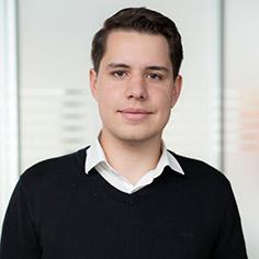 Simon Axmann